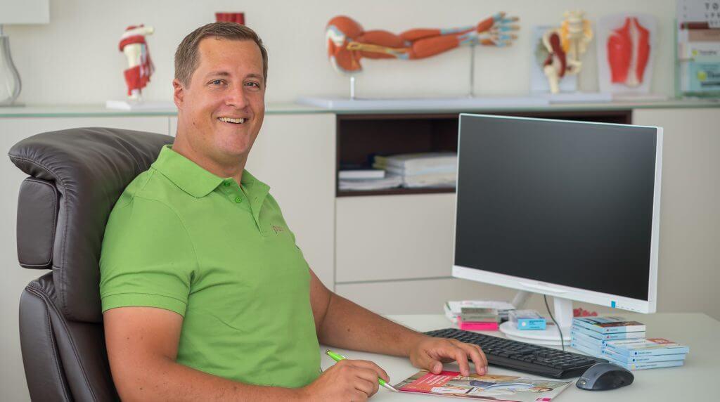 Titelbild Betreuung von Pflegeheimpatienten - jowomed: Jochen Wolf & Kollegen